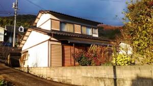 自然豊かな里山にある一軒家